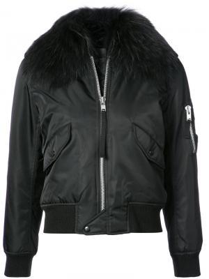 Куртка-бомбер с отделкой из меха енота Sam.. Цвет: чёрный