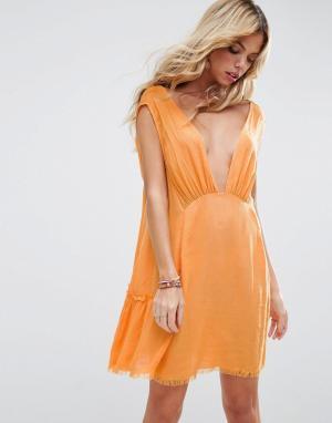 ASOS Пляжное платье с необработанным краем. Цвет: оранжевый
