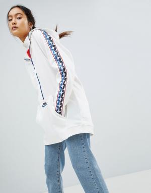 Nike Белая спортивная куртка с молнией и отделкой лентой. Цвет: белый