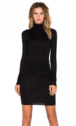 Платье с воротником-водолазка twenty. Цвет: черный