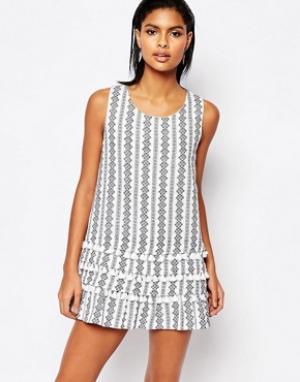 Moon River Цельнокройное платье с принтом и кисточками. Цвет: мульти