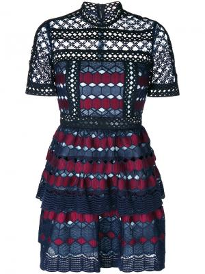 Geometric crochet dress Self-Portrait. Цвет: синий