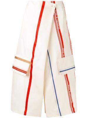 Укороченные брюки с запахом Ports 1961. Цвет: телесный