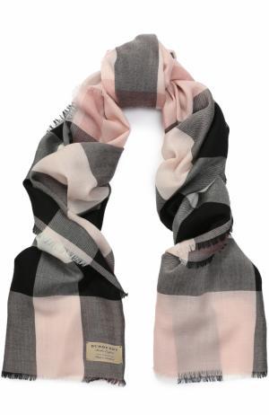 Кашемировый шарф в клетку Burberry. Цвет: светло-розовый