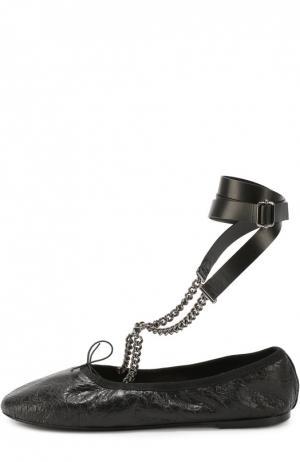 Кожаные балетки Rockstud с ремешками на цепочках Valentino. Цвет: черный