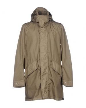 Легкое пальто NEMEN. Цвет: зеленый-милитари