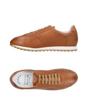 Низкие кеды и кроссовки DOUCAL'S. Цвет: желто-коричневый