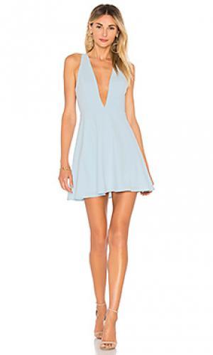 Платье с глубоким v-образным вырезом sammie by the way.. Цвет: нежно-голубой