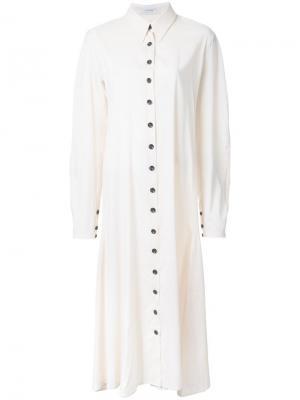 Длинное платье-рубашка Lemaire. Цвет: телесный