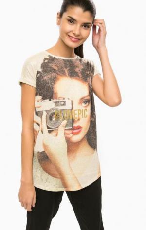 Бежевая футболка с металлизированной нитью ALCOTT. Цвет: золотистый