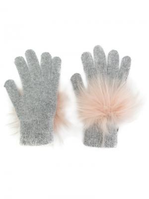 Перчатки с помпонами Yves Salomon. Цвет: серый