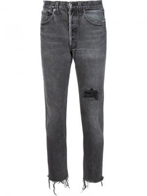 Укороченные джинсы с потертой отделкой Re/Done. Цвет: чёрный