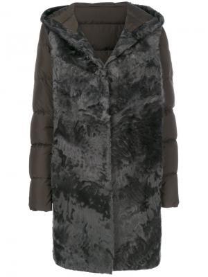 Дутое пальто с мехом Liska. Цвет: серый