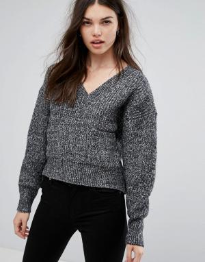Girl In Mind Серый джемпер с V-образным вырезом и карманом Brook. Цвет: серый