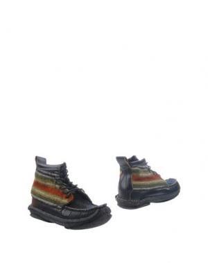 Полусапоги и высокие ботинки YUKETEN. Цвет: черный