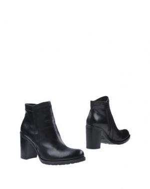 Полусапоги и высокие ботинки DONNA PIÙ. Цвет: черный