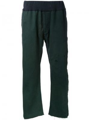 Прямые брюки Longjourney. Цвет: зелёный