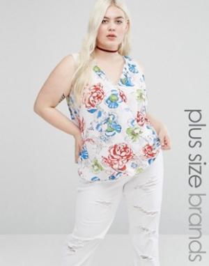 Koko Блузка с цветочным принтом и запахом спереди Plus. Цвет: белый