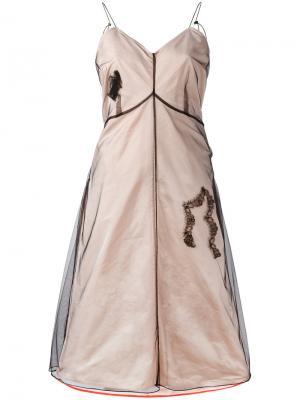 Многослойное расклешенное платье Quetsche. Цвет: телесный