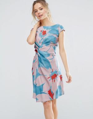 Closet London Цельнокройное платье с ярким цветочным принтом. Цвет: мульти