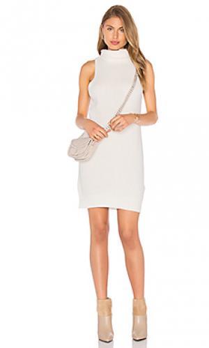 Платье свитер aiden AGAIN. Цвет: белый