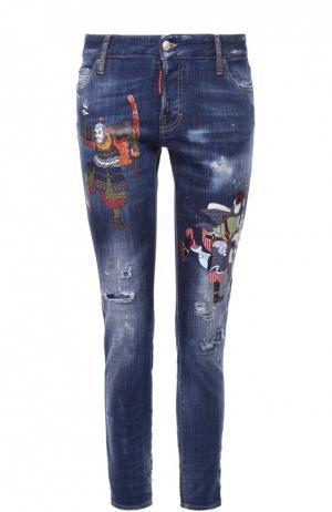 Укороченные джинсы-скинни с контрастной вышивкой Dsquared2. Цвет: синий
