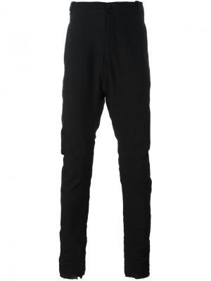 Присборенные зауженные брюки Masnada. Цвет: чёрный