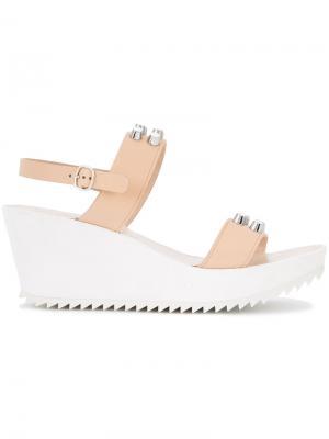 Flor sandals Pedro Garcia. Цвет: телесный