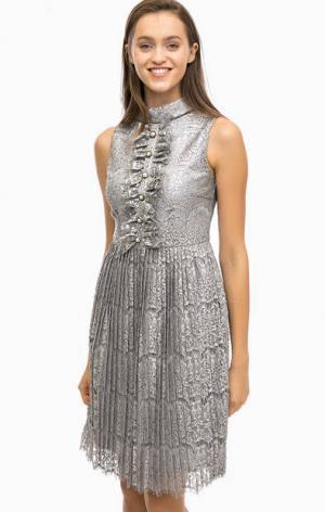 Серое кружевное платье с плиссированной юбкой Darling. Цвет: серый