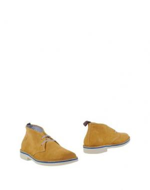Полусапоги и высокие ботинки WALLY WALKER. Цвет: охра