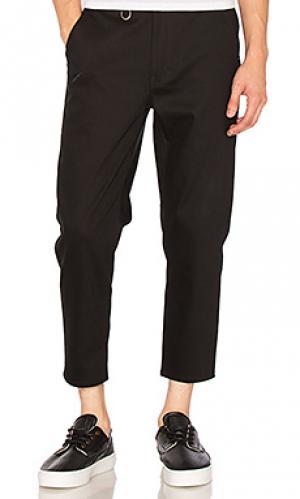 Укороченные брюки Publish. Цвет: черный