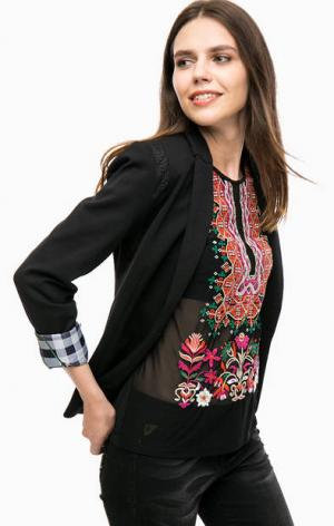 Черный трикотажный пиджак на пуговице Desigual. Цвет: черный