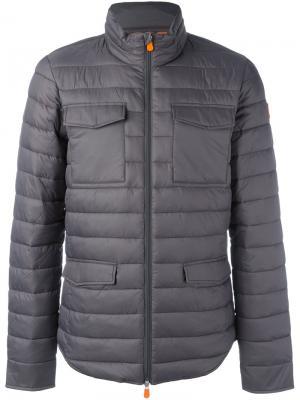Дутая куртка с карманами клапанами Save The Duck. Цвет: серый