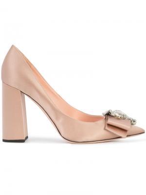 Декорированные туфли-лодочки Rochas. Цвет: розовый и фиолетовый