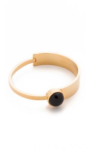 Браслет-манжета из комбинированных материалов с кабошоном Marc by Jacobs. Цвет: черный/золотой