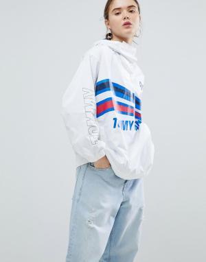 Tommy Jeans Спортивная куртка. Цвет: белый