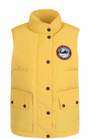 Пуховой стеганый жилет с логотипом бренда Arctic Explorer. Цвет: желтый