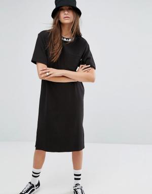 Stussy Платье-футболка. Цвет: черный