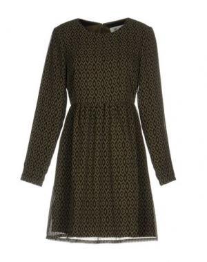 Короткое платье DRY LAKE.. Цвет: зеленый-милитари