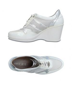 Низкие кеды и кроссовки JANET SPORT. Цвет: белый