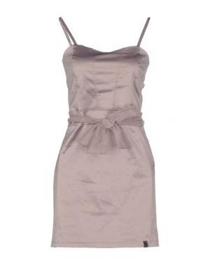 Короткое платье RISSKIO. Цвет: голубиный серый
