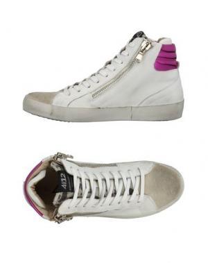 Высокие кеды и кроссовки QUATTROBARRADODICI. Цвет: серый