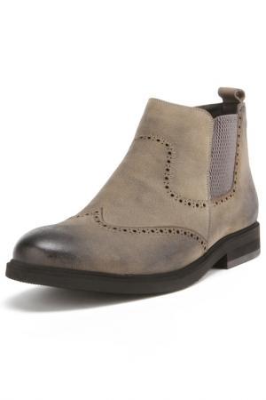 Ботинки Loiter. Цвет: серый