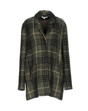 Пальто GAZEL. Цвет: зеленый