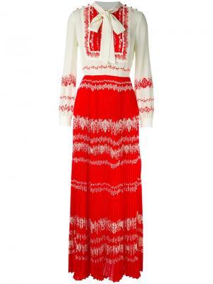 Длинное плиссированное платье Self-Portrait. Цвет: белый
