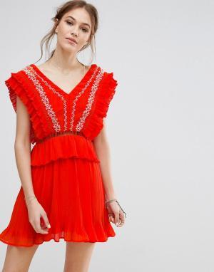 Moon River Платье с вышивкой. Цвет: оранжевый