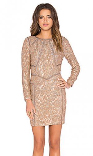 Цельнокроенное платье с украшением Hoss Intropia. Цвет: беж