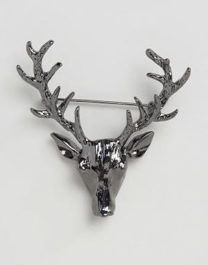 DesignB London Булавка на лацкан из темно-серого металла с дизайном оленя Lon. Цвет: серебряный