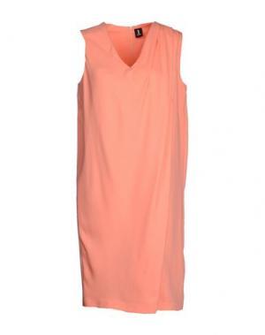 Короткое платье 1-ONE. Цвет: лососево-розовый
