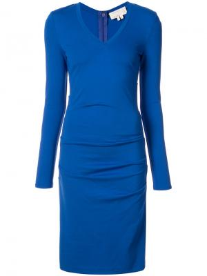 Приталенное платье с присборенной отделкой Nicole Miller. Цвет: синий